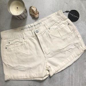 Articles of Society • NWT cream white jean shorts